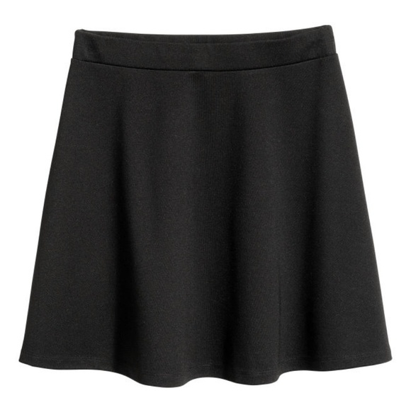 H&M Dresses & Skirts - H&M Black Circle skirt in thick jersey